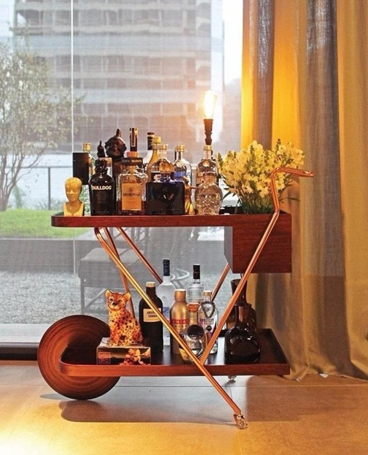 Bar cart with one wheel