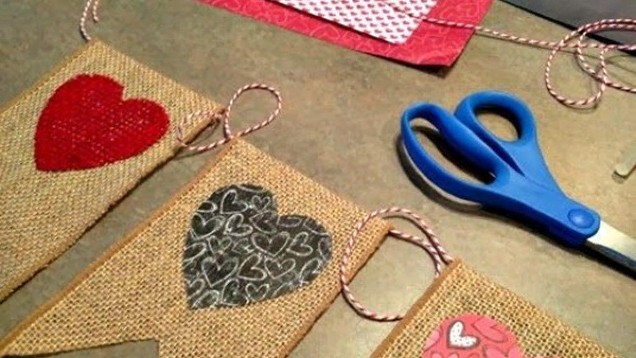 cord of decorated jute flags