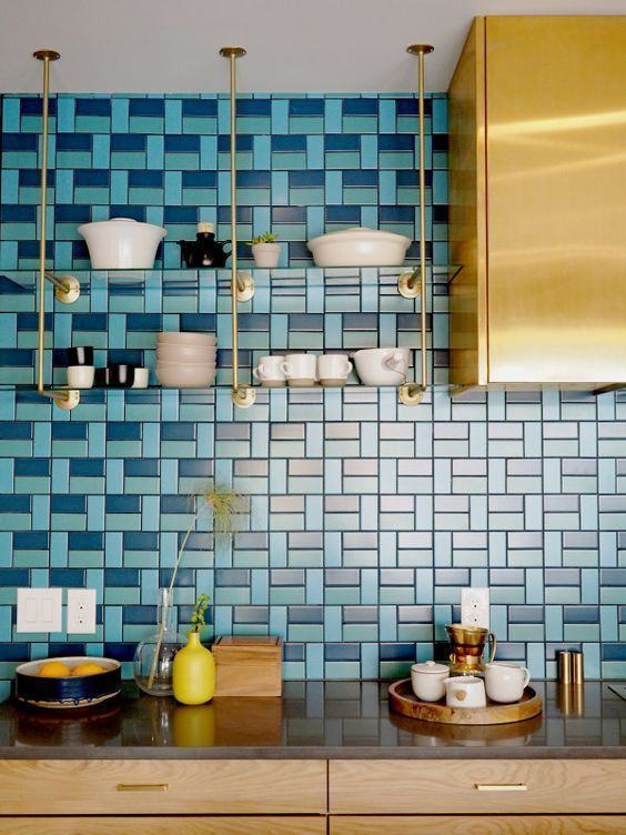 Kitchen with three shades of blue